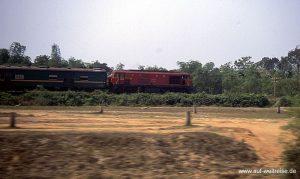 Eisenbahn, Vietnam, Bahn, Zug, Lok, Wagon, Natur, langsam, Südostasien, Asien,