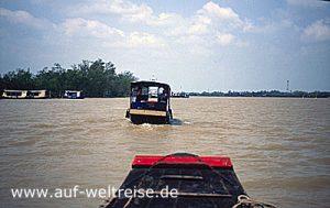 Vietnam, Südostasien, Asien, Mekong, Delta, Boot, Fluss, Männer, unterwegs