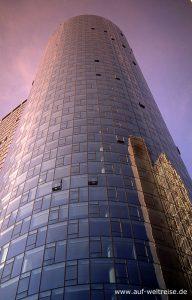Deutschland, Frankfurt am Main, Europa, Bauwerk, Glasbau, Modern, Architektur, spiegeln, hoch Himmel, blau