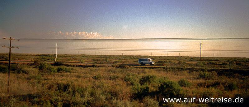 Kasachstan, Steppe, Asien, Zentralasien, Europa, Natur, Straße, Auto, Fahrzeug, unterwegs, Reisen