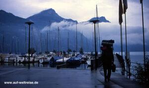 Schweiz, wandern, unterwegs, Europa, Nebel, Regen, Niesel, See, Wanderer